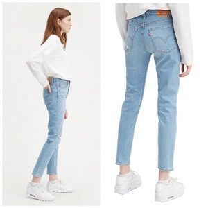 LEVI'S | WEDGIE SKINNY Jeans from Aritzia Size 25
